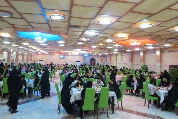 در شب بیست و هفتم ماه مبارک رمضان در روز شنبه مورخ 98/03/11 ، موسسه خیریه اشرف الانبیاء (ص) ، میزبان پانصد نفر از خانواده های ایتام روزه دار شهرستان خرمشهر استان خوزستان بود .