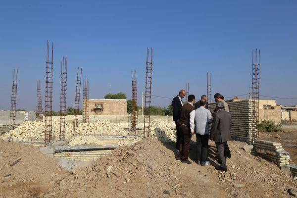 در ادامه ساخت 80 واحد مسکن ایتام روستایی استان خوزستان (سایه رضوان) ، رئیس هیئت امنای خیریه اشرف الانبیاء (ص) از روند ساخت و پیشرفت واحدهای مسکونی در مورخه 97/10/03 بازدید بعمل آوردند